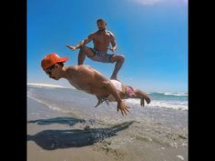 С ДНЁМ ДРУЗЕЙ! С ДНЁМ ДРУЖБЫ! - YouTube Funny Beach Pictures, Funny Meme Pictures, Videos Funny, Random Pictures, Viral Videos, Funny Images, Candid Photography, Documentary Photography, Amazing Photography