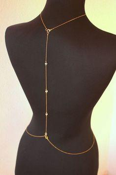 Body Chain Jewelry, Back Jewelry, Jewelry Tags, Body Jewellery, Jewellery Storage, Cute Jewelry, Jewelry Accessories, Jewelry Party, Diy Body Chain