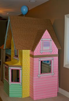 32 Amazing Pixar Up House Design Ideas Created In Real Life And Flown Cardboard Houses For Kids, Cardboard Box Crafts, Cardboard Playhouse, Cardboard Crafts, Cardboard Furniture, Up House, Kids Corner, Diy Toys, Crafts For Teens