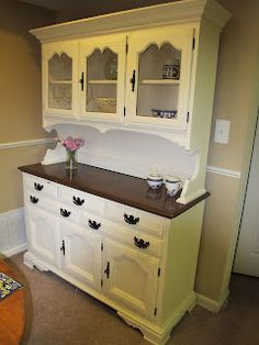 40 Trendy old furniture makeovers kitchen cabinets hutch redo Trendy Furniture, Diy Furniture Plans, Repurposed Furniture, Furniture Making, Furniture Makeover, Painted Furniture, Home Furniture, Refinished Furniture, Kitchen Furniture