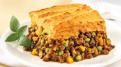 Be tempted by this easy Vegetarian shepherd's pie with sweet potato topping recipe Veggie Ground Recipes, Veggie Recipes, Vegetarian Recipes, Cooking Recipes, Vegan Recepies, Veggie Meals, Healthy Recipes, Yummy Recipes, Recipies