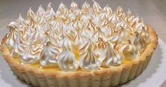Citromos pite olasz habcsókkal            Amikor először jártam Franciaországban, ez volt az első kedvenc sütemén... Macaron Flavors, Macaron Recipe, Sweet Recipes, Cake Recipes, Pavlova, Winter Food, Food To Make, Breakfast Recipes, Cheesecake