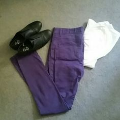 Purple Jeans Purple jeans, only worn a few times! Great for adding color to any outfit. H&M Jeans Skinny H&m Jeans, Skinny Jeans, Purple Jeans, Fashion Tips, Fashion Design, Fashion Trends, Times, Boots, Outfits