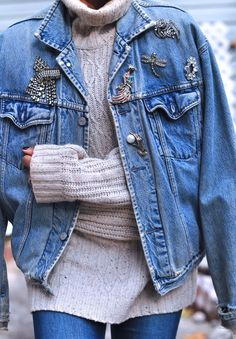 Levi denim jacket with brooches. I have tons of brooches that I've collected over the years. What a fun way to wear them!