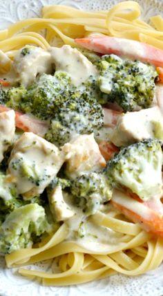 Chicken & Veggie Fettuccine Alfredo Recipe