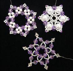 Beadery Kunststoff Holiday Perlen Ornament Kit Weihnachten Kronleuchter Macht 12