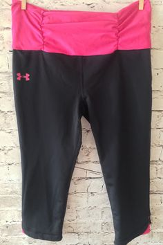 Under Armour Black Compression Crop Pants Medium MD Hot Pink Tight Fit Athletic…