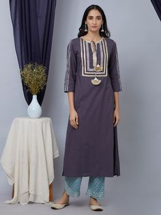 The Loom- An online Shop for Exclusive Handcrafted products comprising of Apparel, Sarees, Jewelry, Footwears & Home decor. Silk Kurti Designs, Kurta Designs Women, Kurti Designs Party Wear, Semi Casual Dresses, Simple Dresses, Pakistani Outfits, Indian Outfits, Gota Patti Suits, Angrakha Style