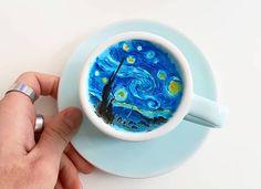 Kangbin Lee è un barista di origine coreana con una strana passione: dipinge la crema del latte nel caffè come se fosse una tela.