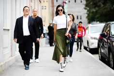 The Best Street Style from New York: Spring 2018 - HarpersBAZAAR.com