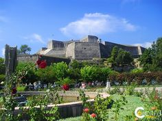 New Fortress - Fortress of Saint Mark: The fort of San Marcos known as New Castle is located near the old port of Corfu .