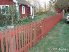 Swedish Cottage, Olympus Digital Camera, Home Reno, Garden Planning, Plank, Fence, House Plans, Pergola, Home And Garden