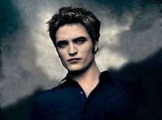 Edward Cullen is a fictional central character in Stephenie Meyer's Twilight book series. Edward Cullen was portrayed by Robert Pattinson in. Twilight Edward, Edward Bella, Twilight Movie, Twilight Saga, Twilight Pics, Twilight Renesmee, Robert Pattinson Twilight, Star Citizen, Edward Cullen Quotes