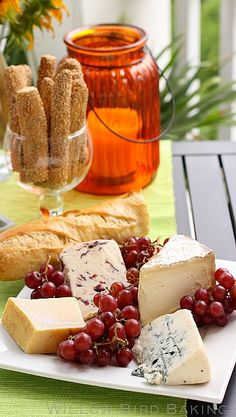 How to Put Together a Cheese Plate