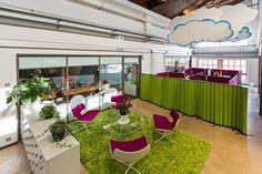 Werkkoyhtiö Vilperi Turussa on sisustanut rohkeasti väreillä. Tuloksena raikas ja toimiva toimisto! #toimisto #design