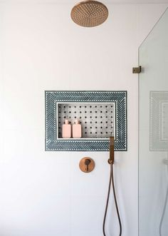 Stunning Moroccan Style Bathroom Design - Just in Place Blog Eclectic Tile, Eclectic Bathroom, Bathroom Styling, Bathroom Niche, Shower Niche, Bathroom Inspo, Moroccan Bathroom, Niche Design, Tile Layout