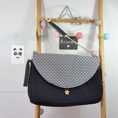 sac à langer lilaxel noir et geometrique noir et blanc - www.lepetitmondedelilaxel.com