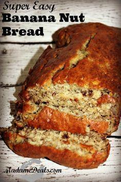 Easy Banana Nut Bread Recipe http://madamedeals.com/easy-banana-nut-bread-recipe/ #recipes #inspireothers