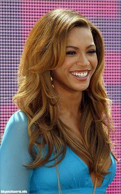 Beyonce's Medium Honey Blonde Hair Color