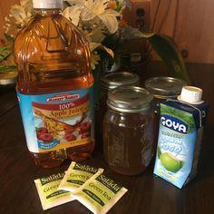 Nobody loves having a colonoscopy, but here are some tips on how to keep your colonoscopy prep paleo (autoimmune paleo) and more tolerable. Paleo Autoinmune, Paleo Diet Rules, Low Fiber Diet, White Cranberry Juice, Prebiotics And Probiotics, Autoimmune Paleo, Liquid Diet, Diet Drinks, Facon