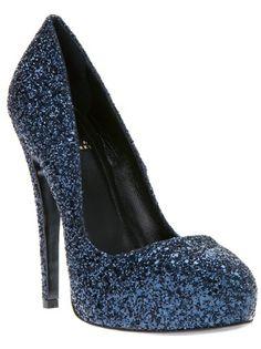 CRISIAN and MCCAFFREY Sapato Azul. @farfetchbrasil