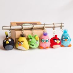 Angry Birds, Red Angry Bird, Felt Birds, Jack Russell, Felt Keychain, Needle Felted, Felting Tutorials, Colorful Birds, Little Gifts