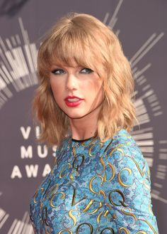 Taylor Swift and Monty Pythons John Cleese In A Real Cat Fight On TV (WATCH) http://www.hngn.com/articles/45806/20141014/taylor-swift-and-monty-python-s-john-cleese-in-a-real-cat-fight-on-tv-watch.htm