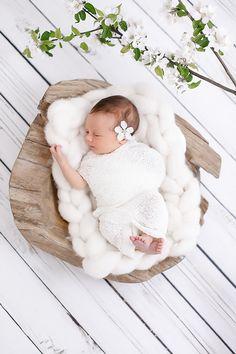 Süße Babyfotos von der kleinen Emilia | Friedasbaby.de