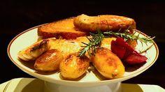 On  part dans le Tarn où nous avons appris à réaliser un plat de saison succulent : un poulet très économique et très goûtu : pour le refaire chez vous, il vous faut du pain rassis, de l'ail et du romarin et un petit tour de mains.
