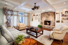 living room ceiling fan ideas - Google Search - I LOVE this ceiling fan!