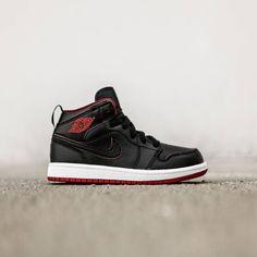 76e6943c9b79 Jordan Little Kids Jordan 1 Mid BP (black   black-white-gym red
