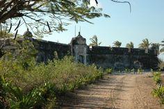 Path way to fort Joao Baptista Ibo Island