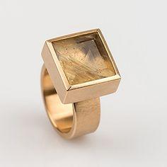 Rectangular Ruthil ring, from jewellery designer Rembrandt Jordan - Antwerp