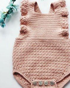 Top Trend 81 Strickmodell Baby und Damen Cardigan Vest Fiber Blanket Model - My CMS Crochet Romper, Baby Girl Crochet, Crochet Baby Clothes, Crochet For Kids, Hand Crochet, Knit Crochet, Baby Patterns, Knitting Patterns, Crochet Patterns