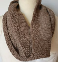 Hand-knitted cowl for men in a mix of soft and warm pure wool and alpaca Snood Scarf, Neck Scarves, Neck Warmer, Beanie Hats, Hand Knitting, Cowl, Pure Products, Outfits, Ebay