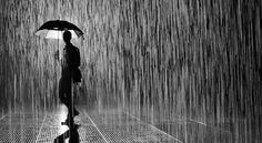 Puisi : Hujan Lewat Tengah Malam