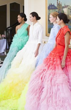 A Giambattista Valli Couture Show At The Duke Mansion via Town & Country - The English Room Fashion Week, Love Fashion, High Fashion, Fashion Design, Style Fashion, Fashion Trends, Dior Couture, Couture Fashion, Runway Fashion