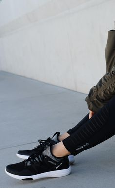 Sapato Envernizado Nude de Salto Quadrado Perfecta
