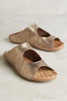 Indian Black & White Print Sandal, Women's Flat Slide Sandal, Wide or Narrow fit, Pointed or Round Toe, Toe Loop, Leather Comfort Sandal
