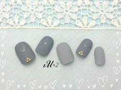 ハンドメイドマーケット minne(ミンネ)| 【再販2】♥マットグレーと艶出しグレーのミックスネイル♥