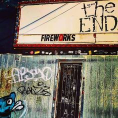 The End has been Nashville's premier rock 'n' roll drive bar for more than 30 years. Make sure to buy your tickets for upcoming shows!
