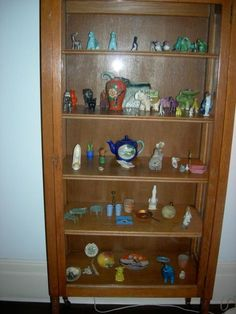 When she sold the house to the Bradlees in 1979, Edie left behind an entire cabinet filled with childhood porcelain animal figurines, teapots and dollhouse furniture.