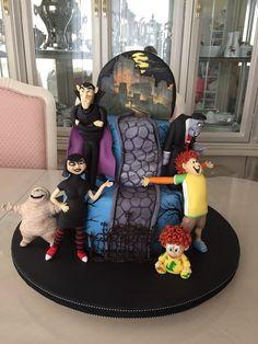 Hotel Transylvania 2 birthday cake.