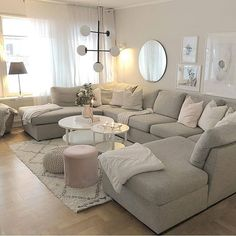 Beautiful living room inspiration from 🙌🏼👌 How was your thursday? I've had a busy day with lots of input. 😍 This afternoon… Living Room Sofa Design, Living Room Decor Cozy, Living Room Sectional, New Living Room, Living Room Interior, Living Room Designs, Cozy Living Room Warm, Large Sectional Sofa, Beautiful Living Rooms
