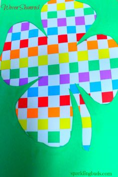 Paper weaving is fun. Woven clover as St.Patricks day craft idea. Suitable for kids 6 and above.