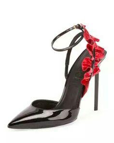 1d152b5f1d3 1130 best shoe fetish 1 images on Pinterest