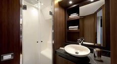 Vip cabin en suite bathroom MCY 65