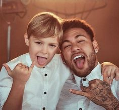 · Sigam 🔥🔥 🔥🔥 · · · · · · · 👉 Ignorem as tags 👈 ----------------------------------- · Neymar Pic, Superstar, Soccer, Photo And Video, Couple Photos, Celebrities, Jr, Ornaments, Tags
