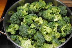 Brokkoli / Broccoli + Gemüse / Vegetables