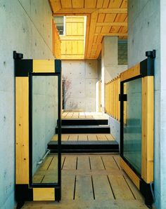fusion-modern-traditional-korean-house-aisle